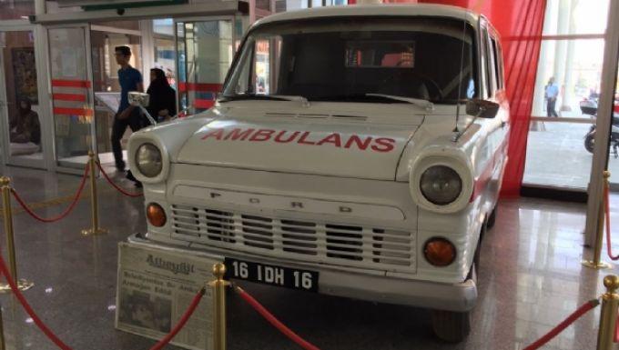 Türkiye'de Ambulans Hizmetleri ve Ambulans Araclarinin Tarihcesi